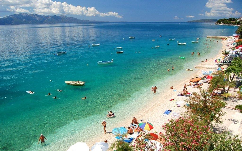 Chorvátsko v penzióne len 80 m od pláže s polpenziou + 2 deti do 5,9 r.zdarma